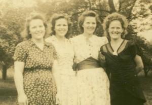 Mabel L Hill Alice L Roe Emma Katherine McSparin Jean L King cropped